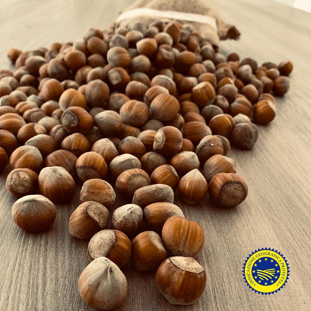 nocciola-giffoni-igp-azienda-agricola-demaio01